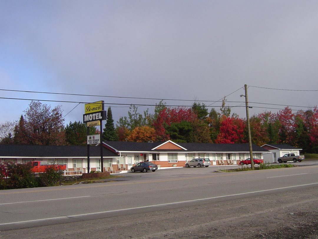 Bo-Mark Hotel