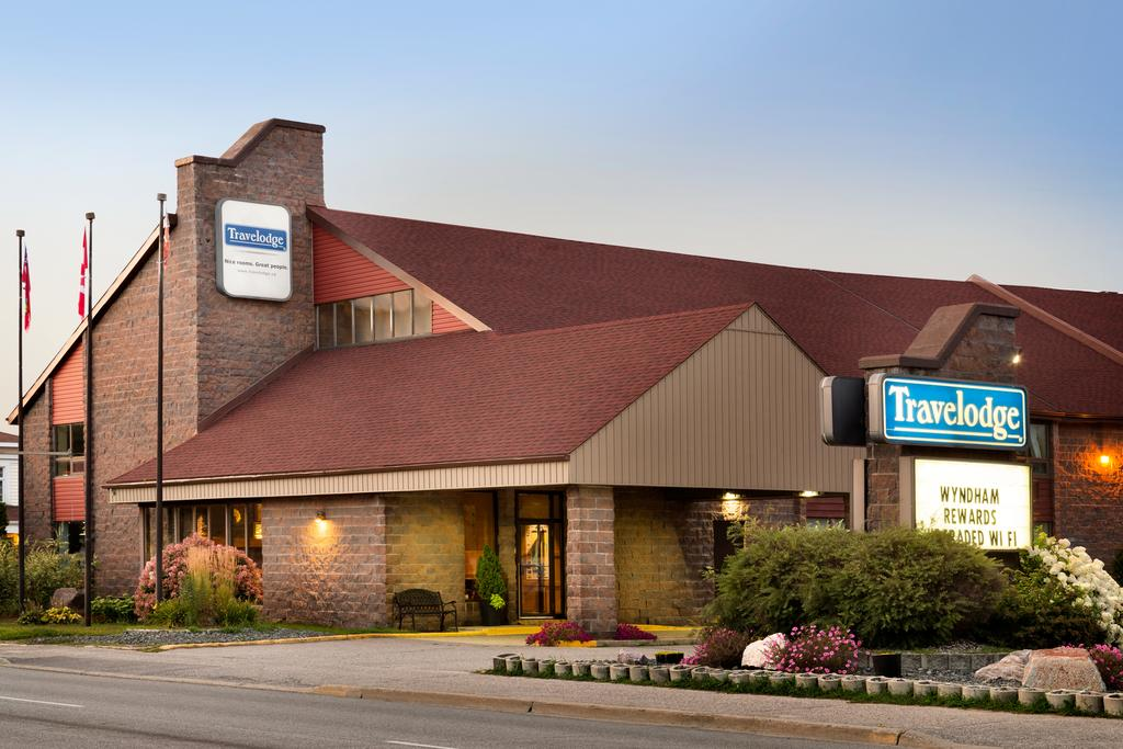 Travelodge Lakeshore