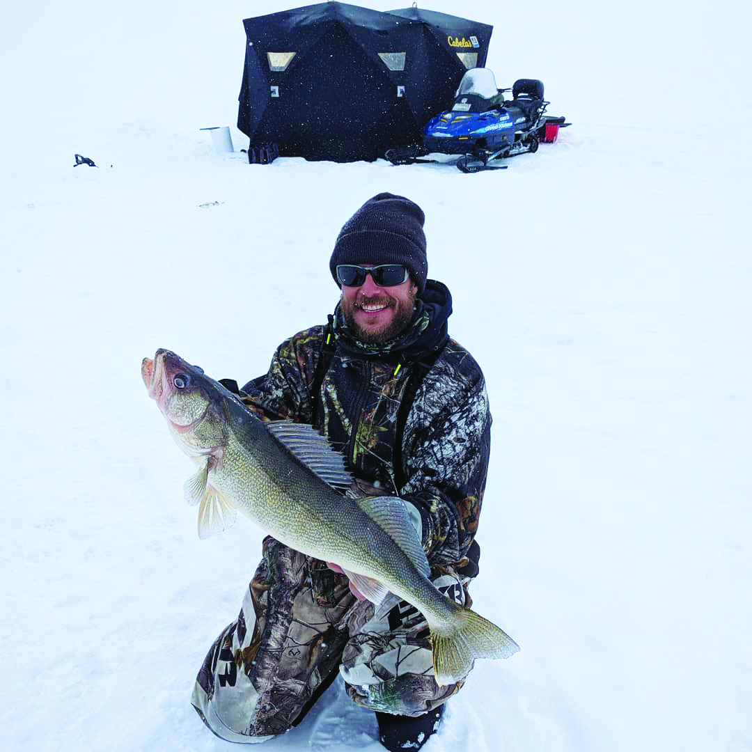 Ice Fishing in Northern Ontario @fishermckay86