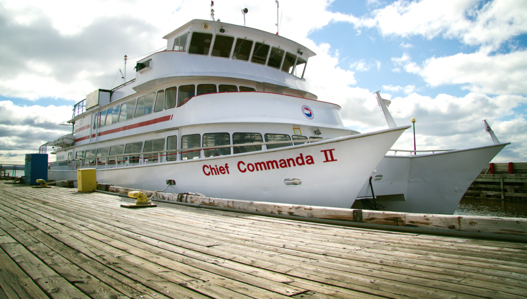 Cheif Commanda North Bay Tours Cruises on Lake Nipissing and French River
