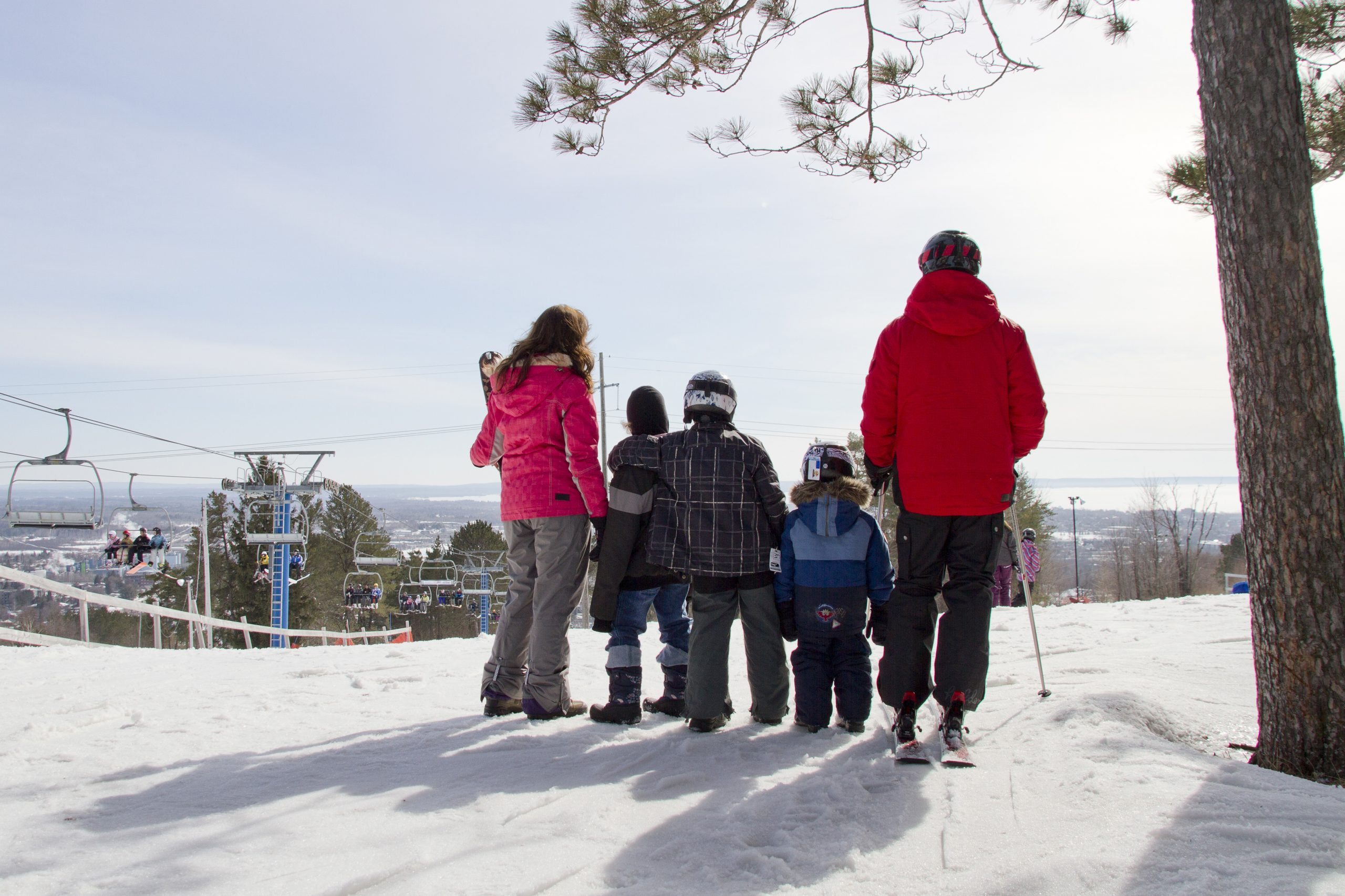 Laurentian Ski Hill - Downhill Skiing and Snowboarding in North Bay